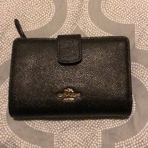 Women's coach wallet used